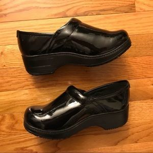 Shoes for crew clogs patent black 7